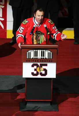 CHICAGO - MARCH 19: Former goaltender Tony Esposito of the Chicago Blackhawks speaks to the crowd during a ceremony before a game between the Blackhawks and the Washington Capitals on March 19, 2008 at the United Center in Chicago, Illinois. (Photo by Jon