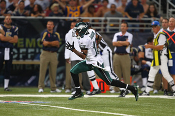 ST. LOUIS - SEPTEMBER 11:DeSean Jackson #10 of the Philadelphia Eagles runs against the St. Louis Rams at the Edward Jones Dome on September 11, 2011 in St. Louis, Missouri.  (Photo by Dilip Vishwanat/Getty Images)