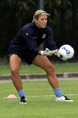 Hope-solo-playing-images_display_image