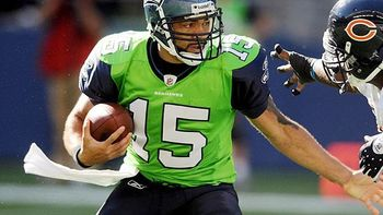 Photo courtesy http://espn.go.com/blog/sportscenter/post/_/id/9427/seahawks%E2%80%99-green-jersey-initiative-tossed-like-yesterday%E2%80%99s-coffee-grounds