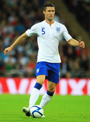 LONDON, ENGLAND - SEPTEMBER 06:  Gary Cahill of England runs with the ball during the UEFA EURO 2012 group G qualifying match between England and Wales at Wembley Stadium  on September 6, 2011 in London, England.  (Photo by David Cannon/Getty Images)