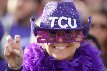 PASADENA, CA - JANUARY 01:  a fan of the TCU Horned Frogs cheers during the 97th Rose Bowl game against the Wisconsin Badgers on January 1, 2011 in Pasadena, California.  (Photo by Jeff Gross/Getty Images)