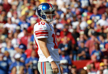 LANDOVER, MD - SEPTEMBER 11:  Eli Manning #10 of the New York Giants at FedExField on September 11, 2011 in Landover, Maryland.  (Photo by Ronald Martinez/Getty Images)