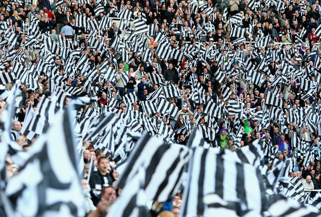 NEWCASTLE, UNITED KINGDOM - MAY 11: Newcastle fans show their support prior to the Barclays Premier League match between Newcastle United and Middlesbrough at St James' Park on May 11, 2009 in Newcastle, England. (Photo by Laurence Griffiths/Getty Images)