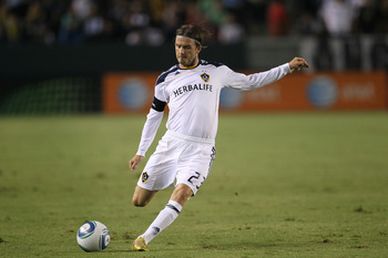 CARSON, CA - SEPTEMBER 09:  David Beckham #23 of the Los Angeles Galaxy takes a free kick against the Colorado Rapids at The Home Depot Center on September 9, 2011 in Carson, California. The Galazy won 1-0.  (Photo by Stephen Dunn/Getty Images)