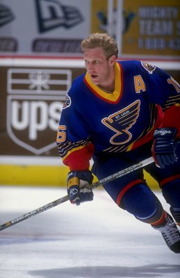 19 Apr 1998:  Right wing Brett Hull of the St. Louis Blues in action during a game against the Anaheim Mighty Ducks at the Arrowhead Pond in Anaheim, California. The Blues defeated the Ducks 4-3. Mandatory Credit: Elsa Hasch  /Allsport