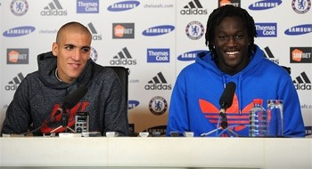 Oriol Romeu and Romelu Lukaku