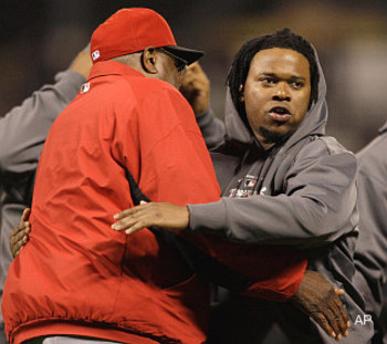 Umpire_tells_johnny_cueto_no_he_may_not_wear_that_hoodie_display_image