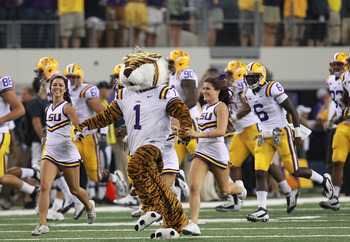 ARLINGTON, TX - SEPTEMBER 03:  The LSU Tigers mascot at Cowboys Stadium on September 3, 2011 in Arlington, Texas.  (Photo by Ronald Martinez/Getty Images)