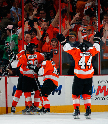 PHILADELPHIA, PA - MAY 02:  Fans and teammates celebrate a goal by James van Riemsdyk #21 of the Philadelphia Flyers early in the first period of Game Two of the Eastern Conference Semifinals against the Boston Bruins during the 2011 NHL Stanley Cup Playo