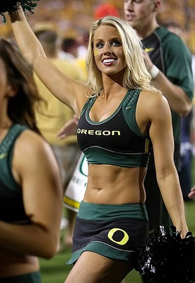 Hottest-college-football-cheerleader-oregon-ducks_display_image
