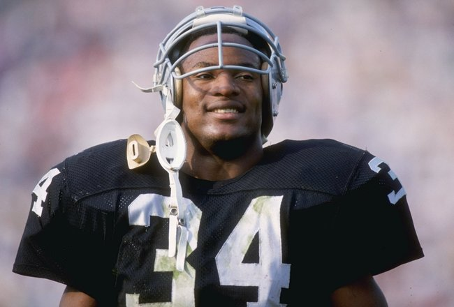Dec 1989:  Running back Bo Jackson of the Los Angeles Raiders looks on. Mandatory Credit: Mike Powell  /Allsport