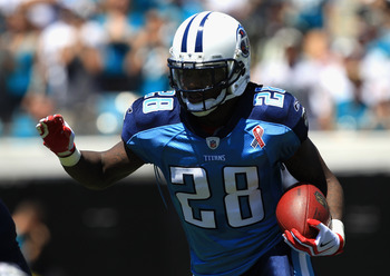 JACKSONVILLE, FL - SEPTEMBER 11:  Chris Johnson #28 of the Tennessee Titans runs with the ball against the Jacksonville Jaguars during their season opener at EverBank Field on September 11, 2011 in Jacksonville, Florida.  (Photo by Streeter Lecka/Getty Im