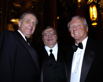 NFL commissioner Paul Tagliabue with Denny McLain and Al Kaline before a Salute to Detroit black-tie dinner kicking off Super Bowl XL at the Fox Theater in Detroit, Michigan on January 30, 2006.  (Photo by Al Messerschmidt/Getty Images)