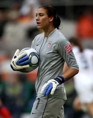 MOENCHENGLADBACH, GERMANY - JULY 13:  Hope Solo of the USA during the FIFA Women's World Cup 2011 Semi Final match between France and USA at Borussia Park on July 13, 2011 in Moenchengladbach, Germany.  (Photo by Scott Heavey/Getty Images)