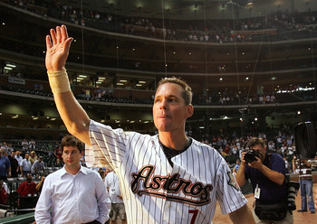 HOUSTON - JUNE 28:  Second baseman Craig Biggio #7 of the Houston Astros reacts after getting his 3,000th career hit against the Colorado Rockies in the 7th inning on June 28, 2007 at Minute Maid Park in Houston, Texas.  (Photo by Ronald Martinez/Getty Im