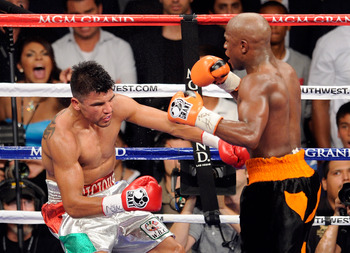 Mayweather knocking out Ortiz.