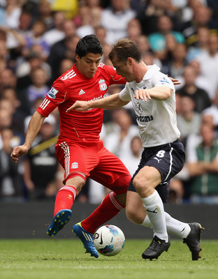 Luis Suarez Challenges Scott Parker