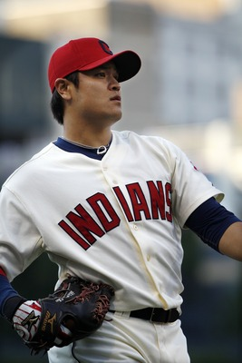 CLEVELAND, OH - AUGUST 13:   Shin-Soo Choo #17 of the Cleveland Indians warms up before the start of the game against  the Minnesota Twins on August 13, 2011 at Progressive Field in Cleveland, Ohio.  (Photo by David Maxwell/Getty Images)