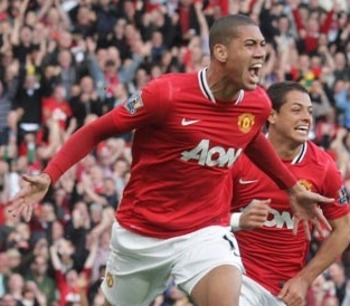 http://static.guim.co.uk/sys-images/Sport/Pix/pictures/2011/9/18/1316359786583/Chris-Smalling--007.jpg