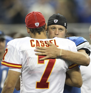 DETROIT, MI - SEPTEMBER 18: Matthew Stafford #9 of the Detroit Lions and Matt Cassel #7 of the Kansas CIty Chiefs exchange greetings after the game at Ford Field on September 18, 2011 in Detroit, Michigan. The Lions defeated the Chiefs 48-3.  (Photo by Le