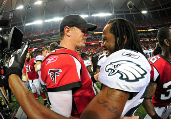 ATLANTA - SEPTEMBER 18: Matt Ryan #2 of the Atlanta Falcons greets Asante Samuel #22 of the Philadelphia Eagles after the game at the Georgia Dome on September 18, 2011 in Atlanta, Georgia. (Photo by Scott Cunningham/Getty Images)