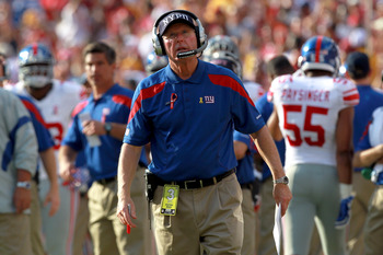 LANDOVER, MD - SEPTEMBER 11:  Head coach Tom Coughlin of the New York Giants looks on in the second quarter while taking on the Washington Redskins at FedExField on September 11, 2011 in Landover, Maryland.  (Photo by Ronald Martinez/Getty Images)
