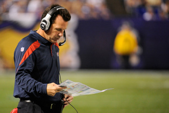 MINNEAPOLIS, MN - SEPTEMBER 01: Head coach Gary Kubiak of the Houston Texans looks on during the second half against the Minnesota Vikings on September 1, 2011 at Hubert H. Humphrey Metrodome in Minneapolis, Minnesota. (Photo by Hannah Foslien/Getty Image