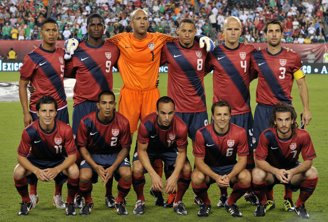 PHILADELPHIA, PA - AUGUST 10: The United States Men's soccer team pose for a photograph before the game against the Mexico at Lincoln Financial Field on August 10, 2011 in Philadelphia, Pennsylvania. (Photo by Drew Hallowell/Getty Images)