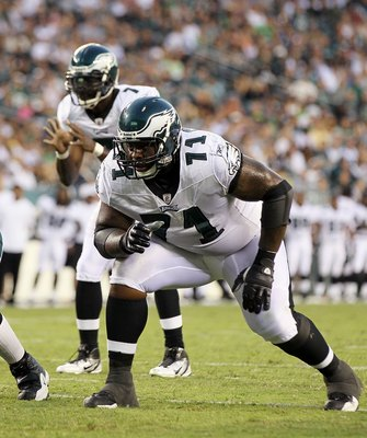 PHILADELPHIA, PA - AUGUST 11:  Jason Peters #71 of the Philadelphia Eagles in action against the Baltimore Ravens during their pre season game on August 11, 2011 at Lincoln Financial Field in Philadelphia, Pennsylvania.  (Photo by Jim McIsaac/Getty Images