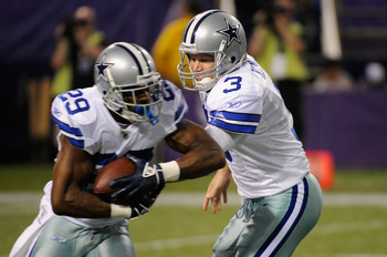 MINNEAPOLIS, MN - AUGUST 27: Jon Kitna #3 of the Dallas Cowboys hands the ball to DeMarco Murray #29 during the game against the Minnesota Vikings on August 27, 2011 at Hubert H. Humphrey Metrodome in Minneapolis, Minnesota. The Cowboys defeated the Vikin