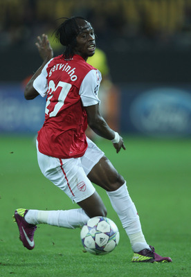 DORTMUND, GERMANY - SEPTEMBER 13:  Gervinho of Arsenal in action during the UEFA Champions League Group F match between Borussia Dortmund and Arsenal FC at Signal Iduna Park on September 13, 2011 in Dortmund, Germany.  (Photo by Ian Walton/Getty Images)