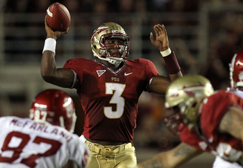 TALLAHASSEE, FL - SEPTEMBER 17:  EJ Manuel #3 of the Florida State Seminoles passes against the Oklahoma Sooners at Doak Campbell Stadium on September 17, 2011 in Tallahassee, Florida.  (Photo by Ronald Martinez/Getty Images)