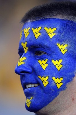 GLENDALE, AZ - JANUARY 02:  A West Virginia Mountaineers fan smiles before the Mountaineers take on the Oklahoma Sooners at the Tostito's Fiesta Bowl at University of Phoenix Stadium January 2, 2008 in Glendale, Arizona.  (Photo by Doug Pensinger/Getty Im