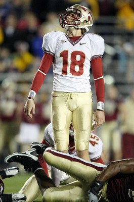 CHESTNUT HILL, MA - OCTOBER 03:  Dustin Hopkins #18 of the Florida State Seminoles reacts after missing a field goal in the fourth quarter against the Boston College Eagles on October 3, 2009 at Alumni Stadium in Chestnut Hill, Massachusetts. Boston Colle