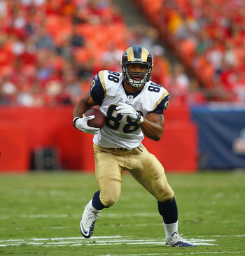 KANSAS CITY, MO - AUGUST 26: Lance Kendricks #88 of the St. Louis Rams runs up field against the Kansas City Chiefs during a pre-season game at Arrowhead Stadium  on August 26, 2010 in Kansas City, Missouri.  The Rams defeated the Chiefs, 14-10. (Photo by