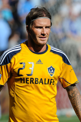 KANSAS CITY, KS - SEPTEMBER 05:  Mid Fielder David Beckham #23 of the Los Angeles Galaxy warms up before a game against Sporting Kansas City on September 5, 2011 at LiveStrong Sporting Park in Kansas City, Kansas.  (Photo by Peter Aiken/Getty Images)