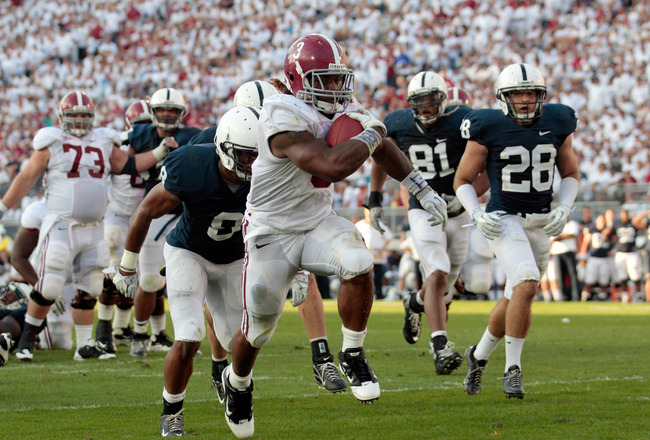 STATE COLLEGE, PA - SEPTEMBER 10:  Running back Trent Richardson #3 of the Alabama Crimson Tide rushes for a touchdown against the Penn State Nittany Lions during the second half at Beaver Stadium on September 10, 2011 in State College, Pennsylvania.  (Ph