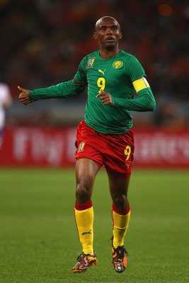 CAPE TOWN, SOUTH AFRICA - JUNE 24:  Samuel Eto'o of Cameroon gestures during the 2010 FIFA World Cup South Africa Group E match between Cameroon and Netherlands at Green Point Stadium on June 24, 2010 in Cape Town, South Africa.  (Photo by Lars Baron/Gett