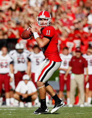 ATHENS, GA - SEPTEMBER 10:  Aaron Murray #11 of the Georgia Bulldogs looks to pass downfield against the South Carolina Gamecocks at Sanford Stadium on September 10, 2011 in Athens, Georgia.  (Photo by Kevin C. Cox/Getty Images)