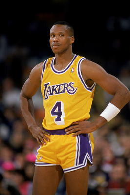 LOS ANGELES - 1989:  Byron Scott #4 of the Los Angeles Lakers stands on the court during an NBA game at the Great Western Forum in Los Angeles, California in 1989. (Photo by Stephen Dunn/Getty Images)