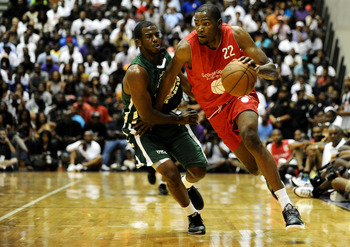 BALTIMORE, MD - AUGUST 30: Kevin Durant drives to the hoop during the Goodman League All-Stars taking on The Melo League basketball game at Edward P. Hurt Gymnasium at Morgan State University on August 30, 2011 in Baltimore, Maryland. (Photo by Patrick Sm