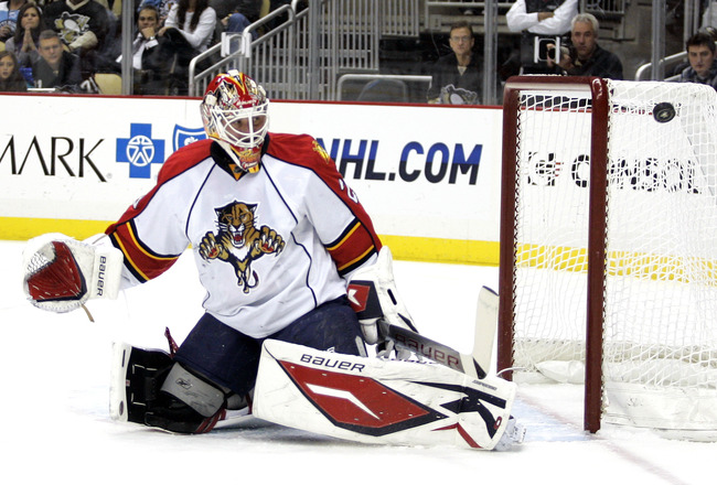 PITTSBURGH, PA - DECEMBER 22:  Tomas Vokoun #29 of the Florida Panthers makes a save against the Pittsburgh Penguins at Consol Energy Center on December 22, 2010 in Pittsburgh, Pennsylvania.  (Photo by Justin K. Aller/Getty Images)