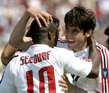 LIVORNO, ITALY - APRIL 27:  Celebrates Clarence Seedorf and Kaka of Milan during the Serie A match between Livorno and Milan at the Stadio Armando Picchi on April 27, 2008 in Livorno, Italy. (Photo by New Press/Getty Images)