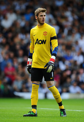 WEST BROMWICH, ENGLAND - AUGUST 14: Goalkeeper David De Gea of Manchester United looks on during the Barclays Premier League match between West Bromwich Albion and Manchester United at The Hawthorns on August 14, 2011 in West Bromwich, England.  (Photo by