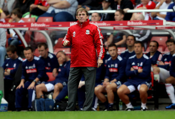 STOKE ON TRENT, ENGLAND - SEPTEMBER 10:  Liverpool manager Kenny Dalglish during the Barclays Premier League match between Stoke City and Liverpool at Britannia Stadium on September 10, 2011 in Stoke on Trent, England.  (Photo by Scott Heavey/Getty Images