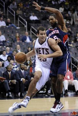 Kris-humphries-al-horford-2010-11-23-20-30-3_display_image