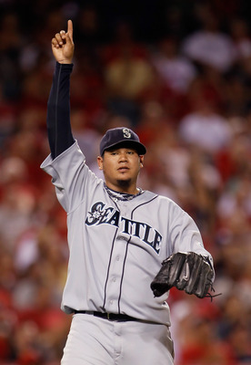 ANAHEIM, CA - SEPTEMBER 06:  Pitcher Felix Hernandez #34 of the Seattle Mariners points skyward after getting Vernon Wells (not pictured) of the Los Angeles Angels of Anaheim to pop out in the sixth inning at Angel Stadium of Anaheim on September 6, 2011