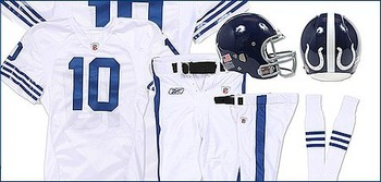 2010_uniform_throwback_display_image