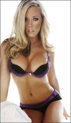 Kendra_wilkinson_905268a_display_image